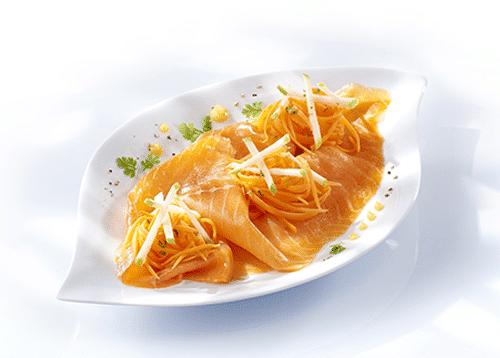 Salade de truite fumée à la pomme et aux carottes