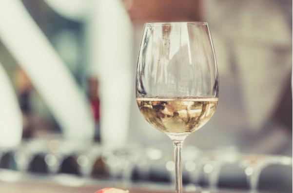 Quel vin blanc avec de la truite fumée ?
